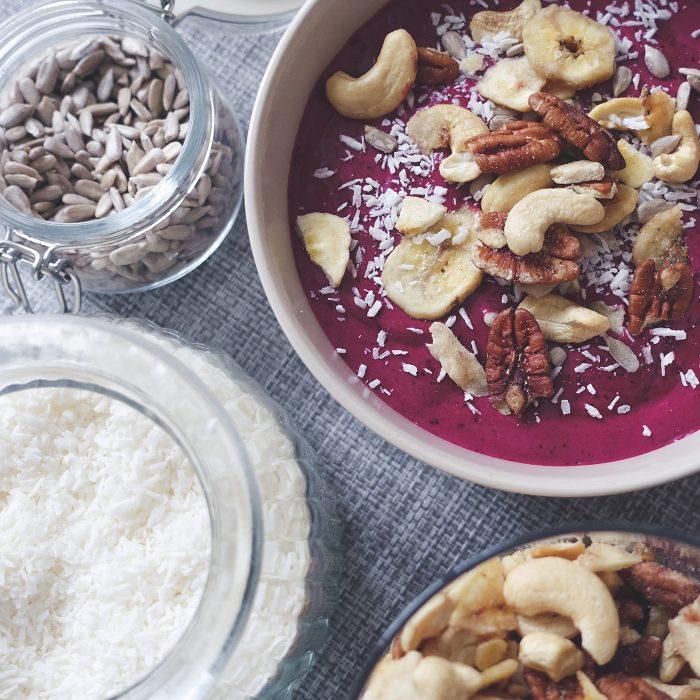 isabel-boltenstern-frukost-smothie-bowl-2