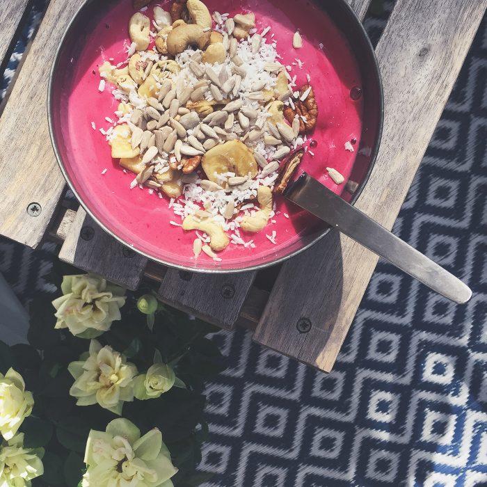 isabel-boltenstern-smoothie-bowl